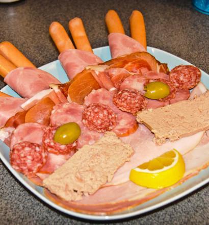 Mięsny jeż, mięsny jeż, ja go zjem, ty go zjesz!