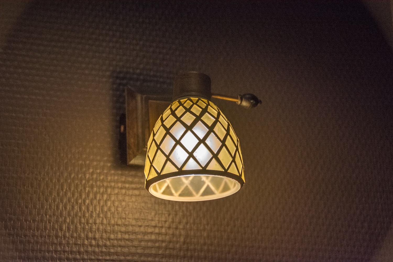 Małe lampki zabraliśmy z naszego pierwszego lokum, gdzie mieszkaliśmy jeszcze przed ślubem. Sa prześliczne.