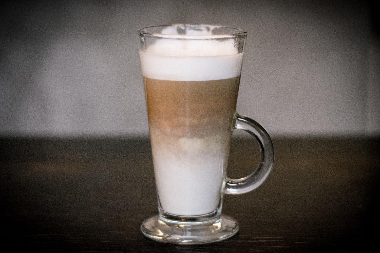 ...albo latte macchiato. Nie wiem czy to jeszcze jest kawa, ale niech będzie ;)))